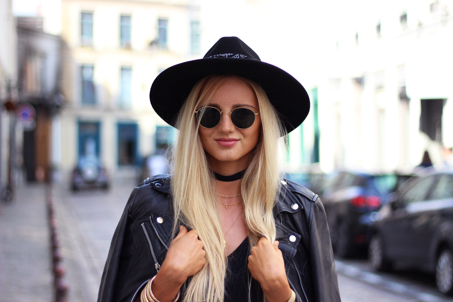 Perfecto cuir chapeau Zara outfit blog Lille