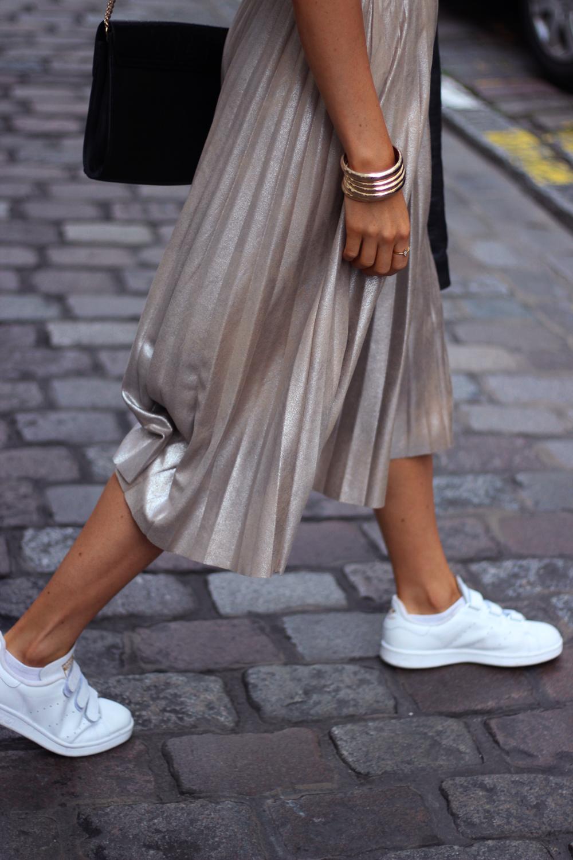 Zara Metallic gold skirt outfit mode tenue