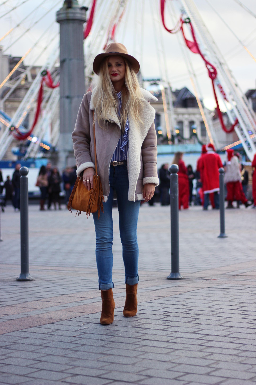 Blog mode Lille Zara manteau peau retournée chapeau volants Sac M Maje look