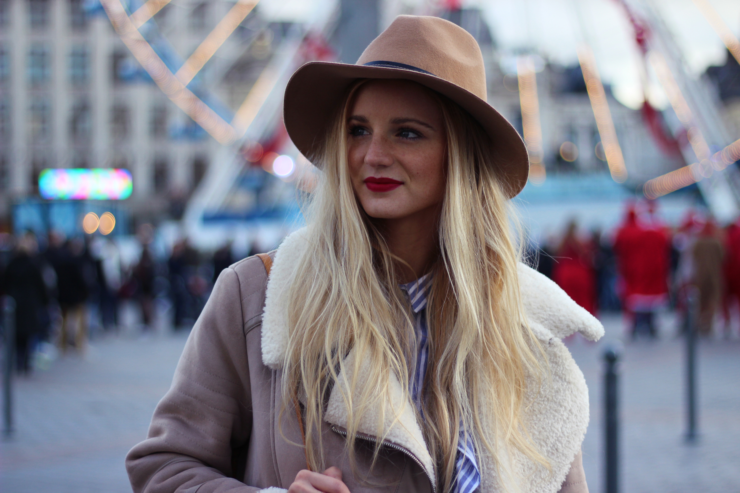 Blog mode Lille Zara manteau chapeau volants